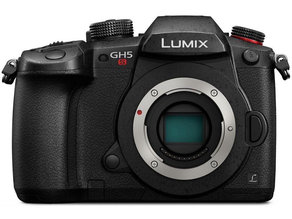 Фотокамера Panasonic Lumix DC-GH5s (тяло) плюс Panasonic DMW-BGGH5 за Lumix GH5